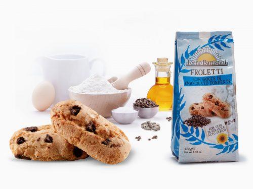Biscotti froletti con gocce di cioccolato fondente